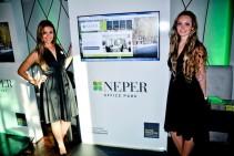 Tótem interactivo táctil – Presentación de Neper Office Park.