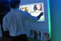 Tótem interactivo táctil – Brindis fin de año Infonegocios.