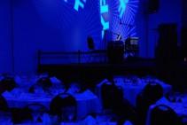 Cabezales móviles con gobos e iluminación decorativa - Evento fin de año - YPF