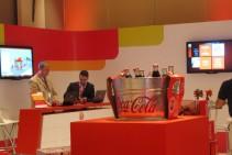 """LCD 42"""" colgado en altura - Evento interno - Coca Cola"""